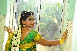 images/large/wedding/renjith/candid_photography_6.jpg