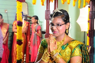 images/large/wedding/renjith/candid_photography_7.jpg
